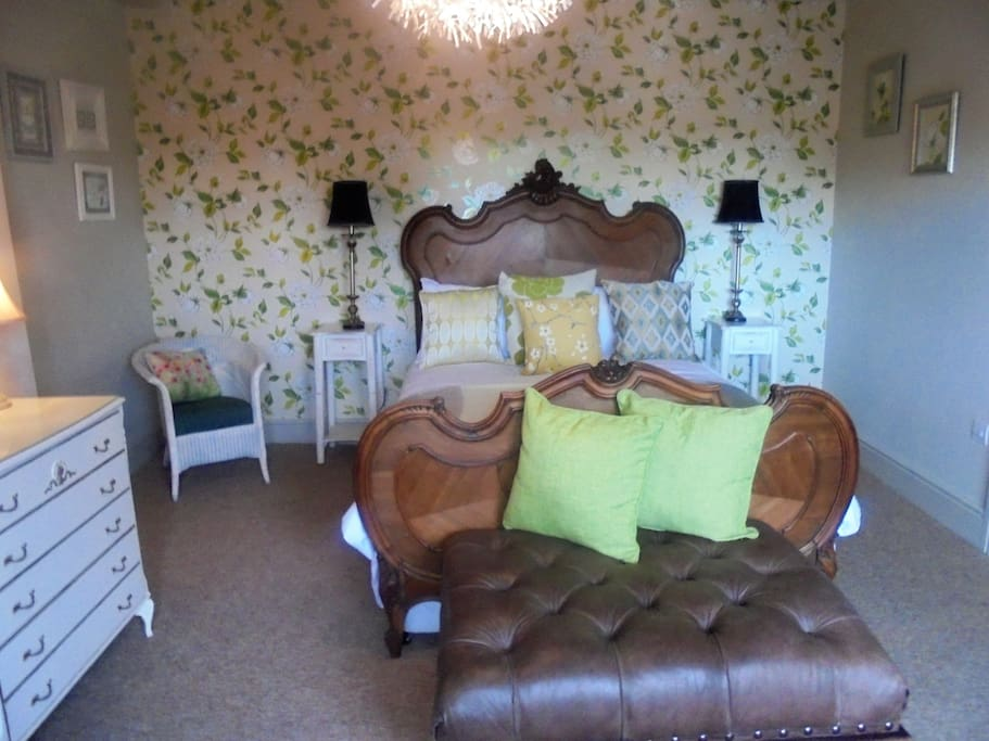 Thyme Suite