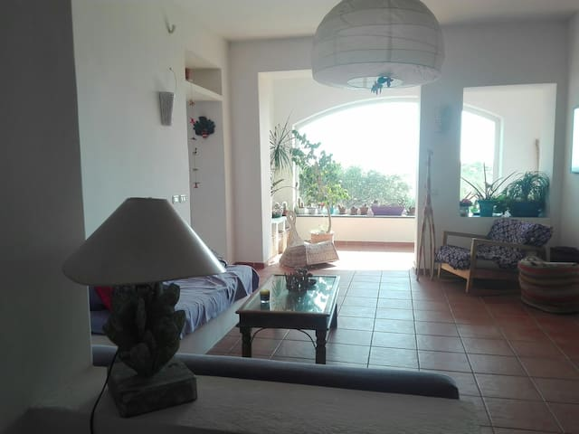 Villa on the beach a 25 min from napoli case in affitto for Case arredate in affitto lago patria