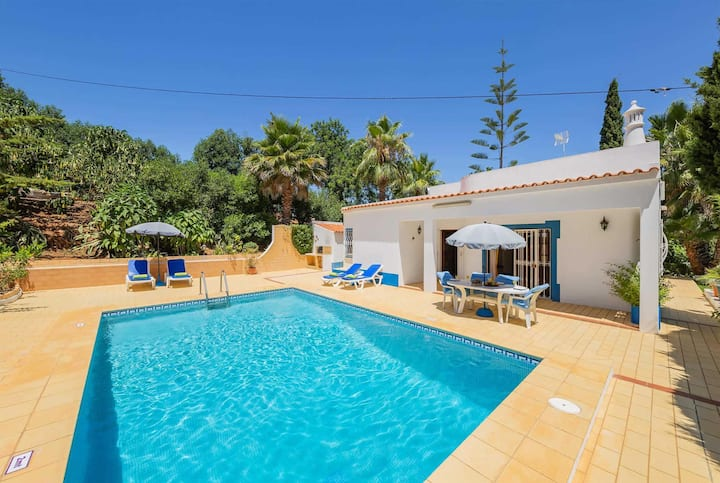 2 Bed villa few minutes drive from resort centre