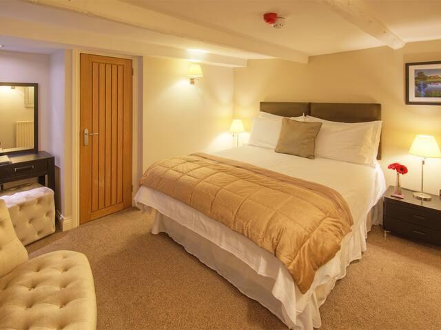 Room 4 - The Bondgate - Room Only