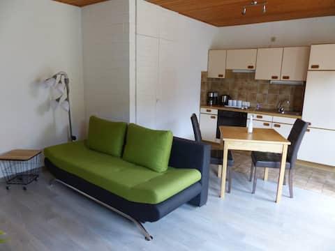 apartment 42qm, 2 persons, close to nature & city