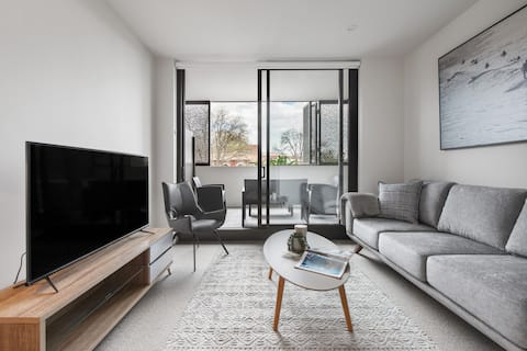Stylish and Cosy: Brand-New Build with Balcony