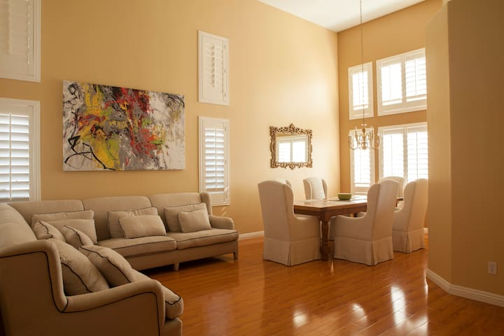 Jardin D'Hiver French style 3bed/3b - Chino Hills - Villa
