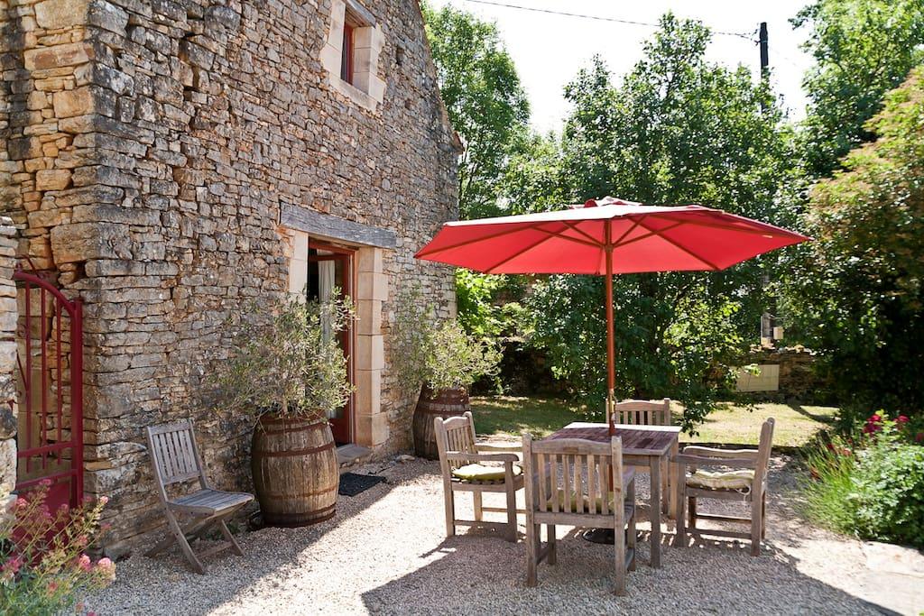 70 m2 sunny terrace with teak furniture