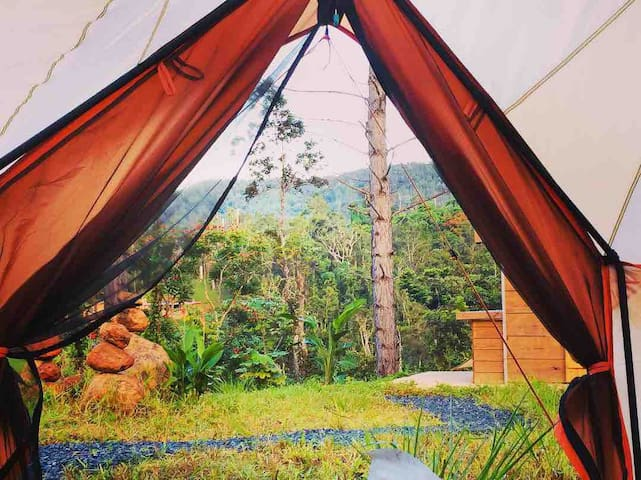 Camping at a beautiful Mountain Refugio Malúa