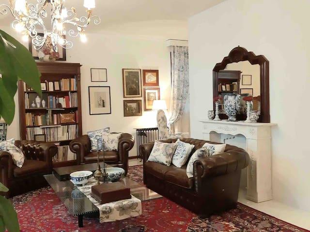 La Villa Bianca | Relax a pochi minuti da Firenze