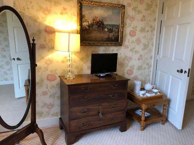 Aylworth Manor  - Hornbeam Room