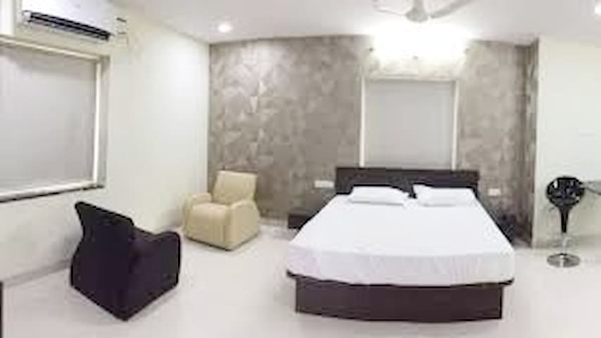 Bed & Breakfast luxury flats in kondapur