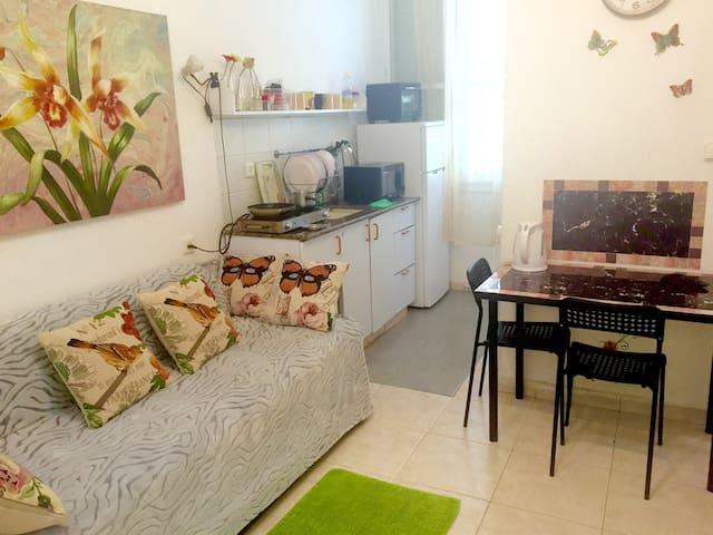 45 евро за 2 комнаты в 5 минутах от моря!