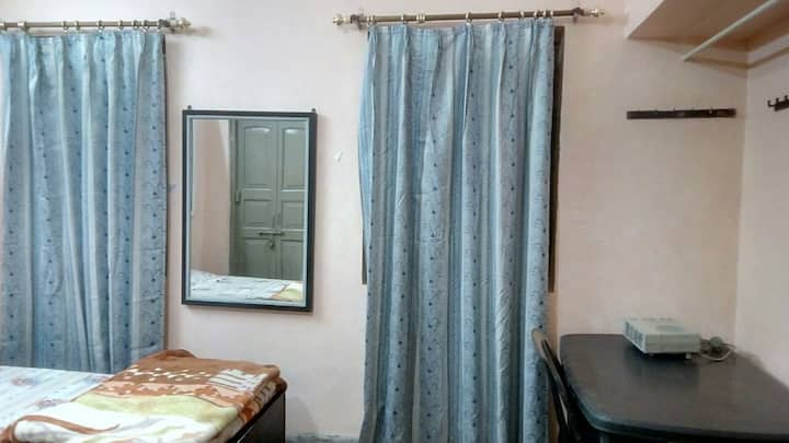 3 Beded Warm Room- Summer Delight @ Lucknow