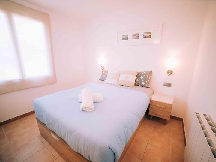 Fantastic renewed apartment 1 minutes from the beach in Calella