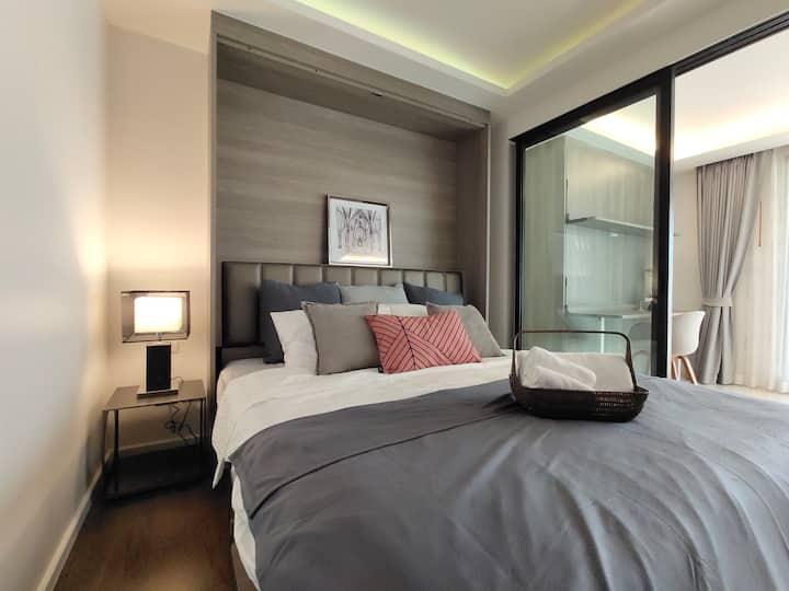 CENTRAL BANGKOK +2 beds@BTS Asok&MRT SUKHUMVIT(07)