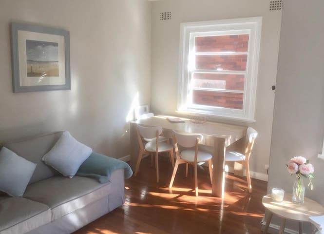 Rose bay vintage apartment