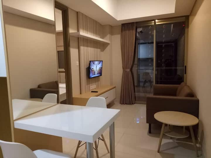 1BR Taman anggrek residence-NEW & full furnished