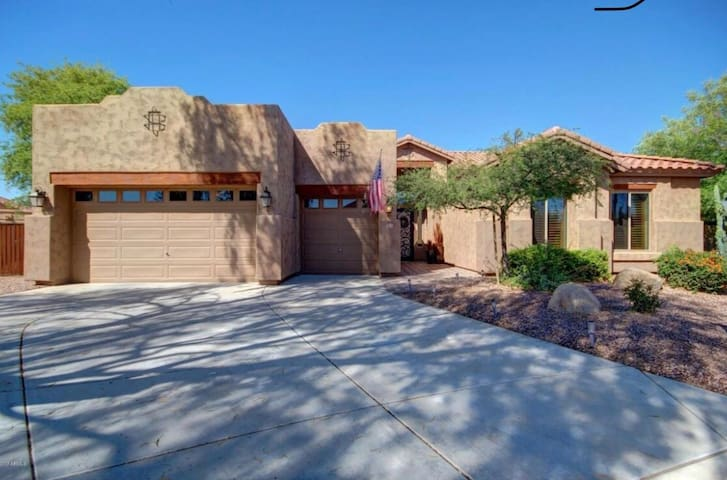 Chandler - 4bd home w/Pool near canal and golf