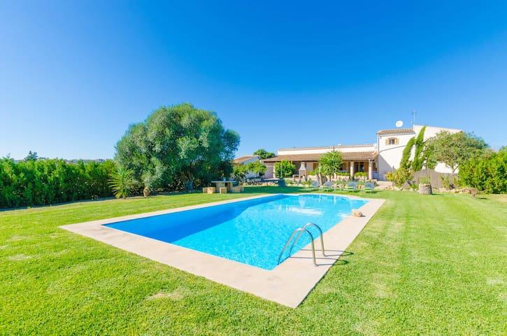 SA TORRE (HORTETA) - Ferienhaus für 8 Personen in Montuiri.