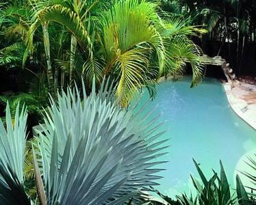 Coastal Paradise Retreat