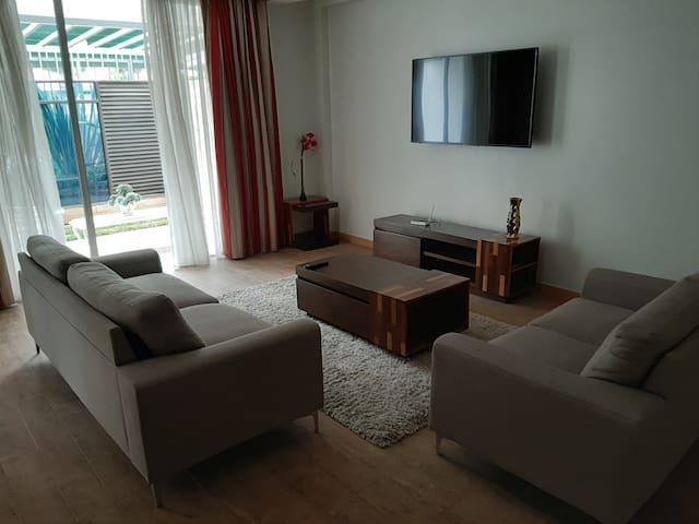 D2W  Residency Suites