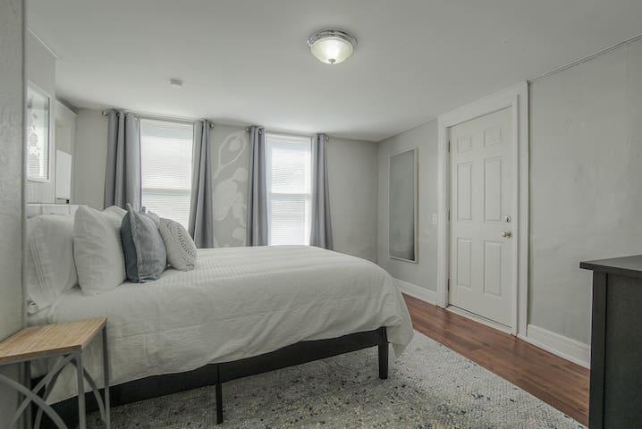 Nice size, cozy bedroom with queen bed.