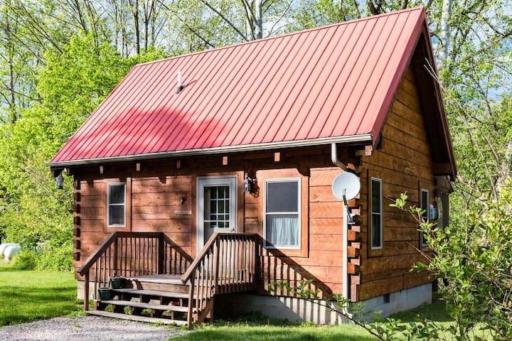 Buckeye Loft Cabin In The Hocking Hills