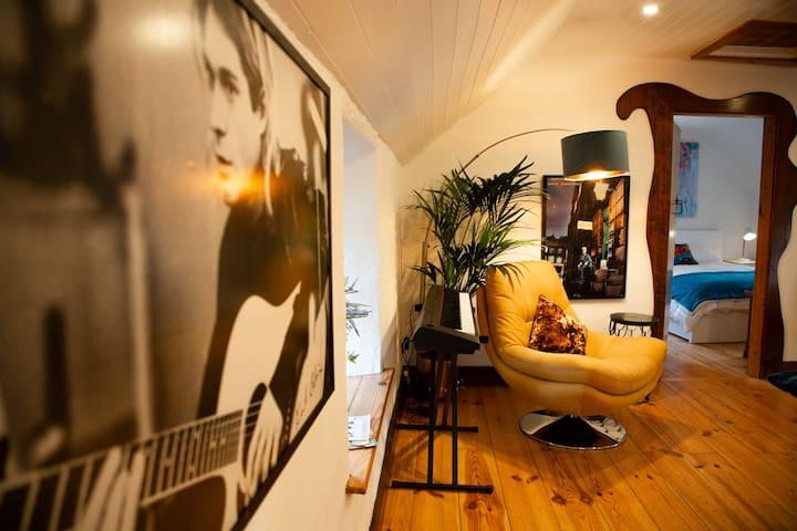 Cosy Apartment/ Explore The Area/Enjoy our Pub
