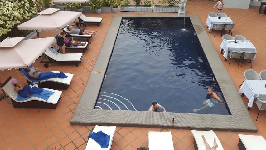 Chambre double dans Villa avec piscine - Krong Preah Sihanouk - Villa