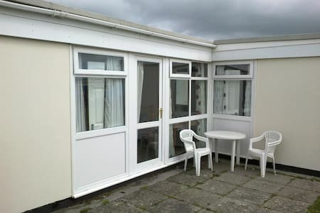 3 bedroom chalet to hire on Park Dean Resorts Site