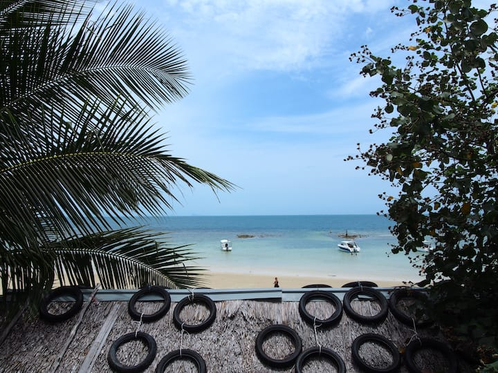 ★Private Sea Front Studio on Haad Yao Beach