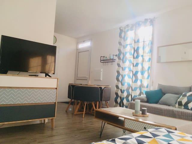 Joli  et spacieux studio proche des thermes