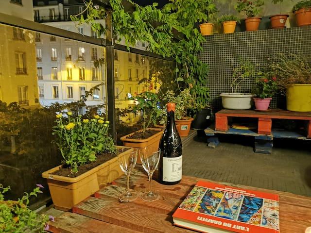 Studio Paris avec balcon