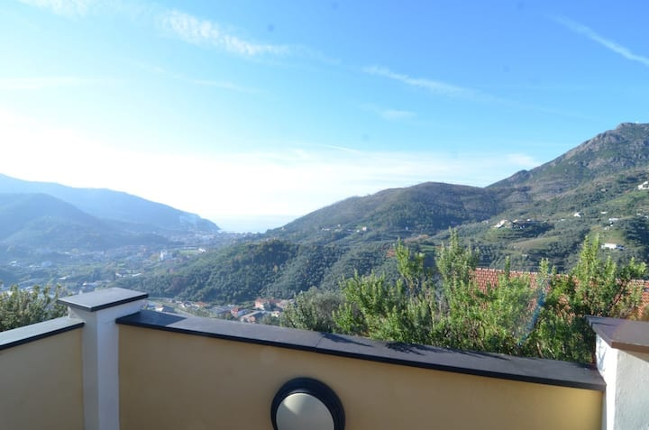 New apartment in the valley of Levanto