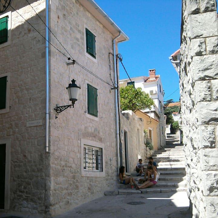 Charming Studio Apt - Centre of Split