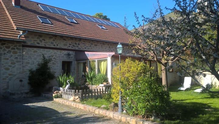 Maison avec spas et jardin