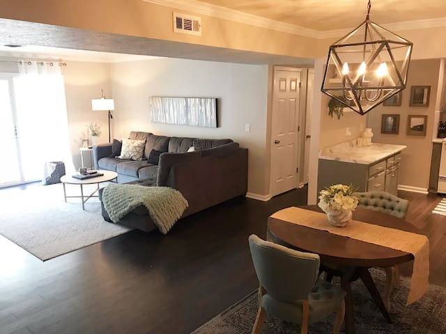 Derby/Breeders' Cup Condo mins to Downtown Lville
