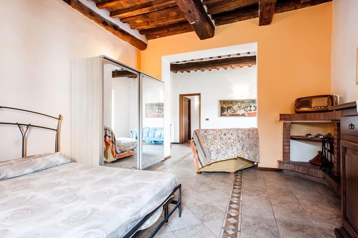 A casa di Giulia - Massarosa - Departamento