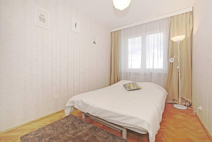 Majestic Room 2