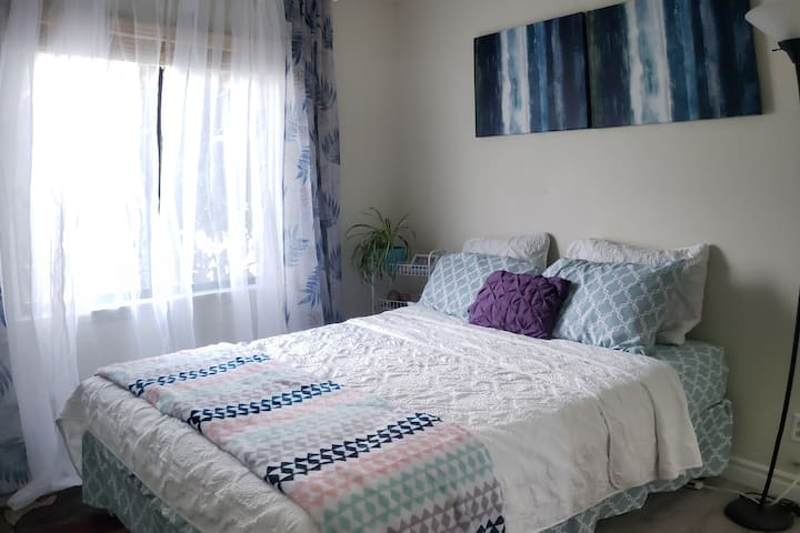 Stylish Room for 2 in Chino