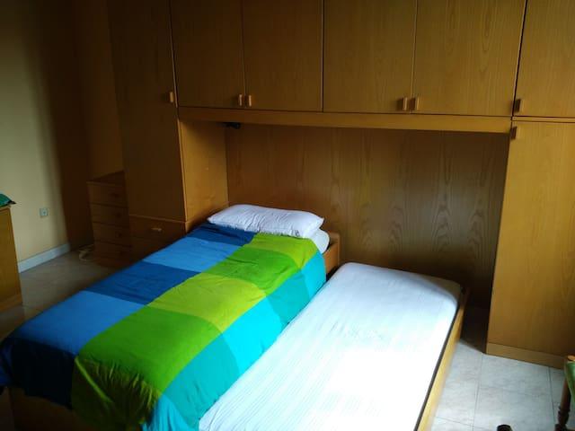Spaziosa camera singola/doppia in Piazza Firenze - Milão - Apartamento