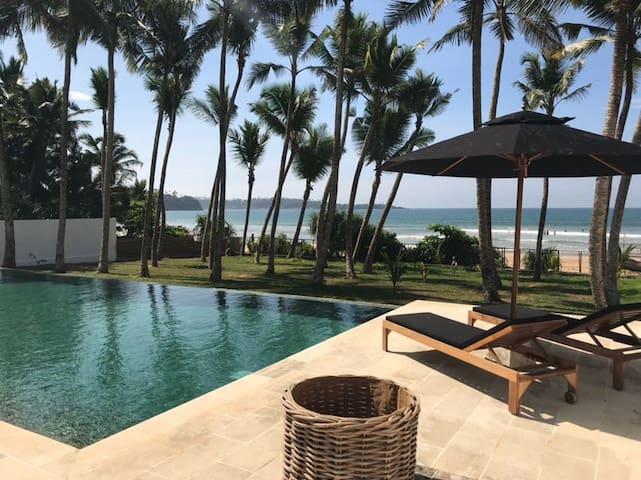 5-Star Villa Compound on Weligama Beach * New *