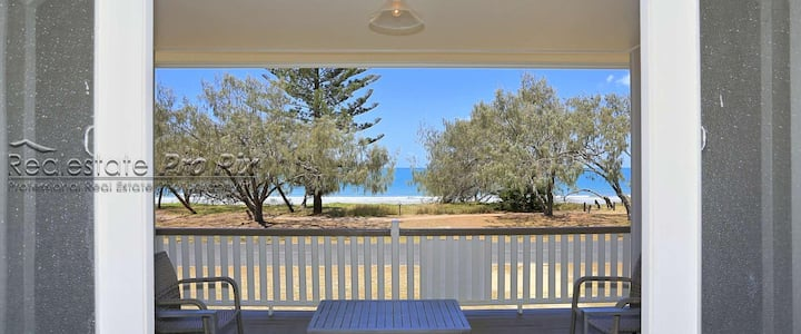Waterfront Timeless Beach House  - Save up to 35%
