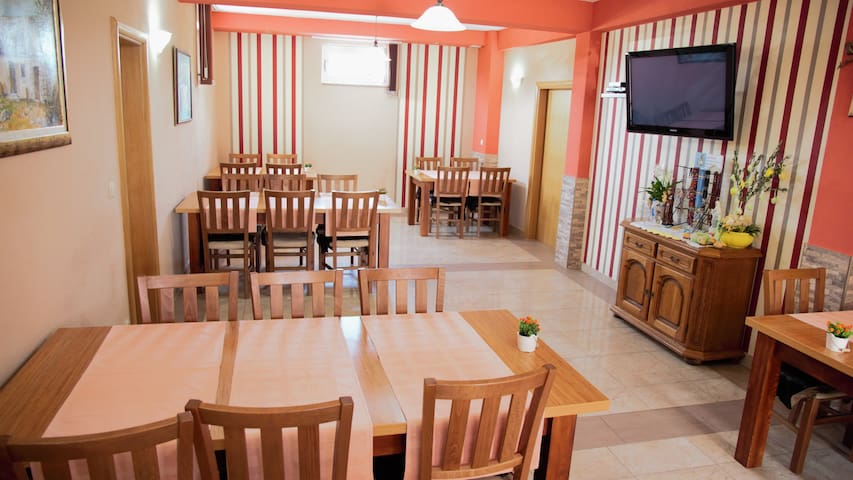 Casa Gagro-Medjugorje-2 rooms-Fresh food and wine