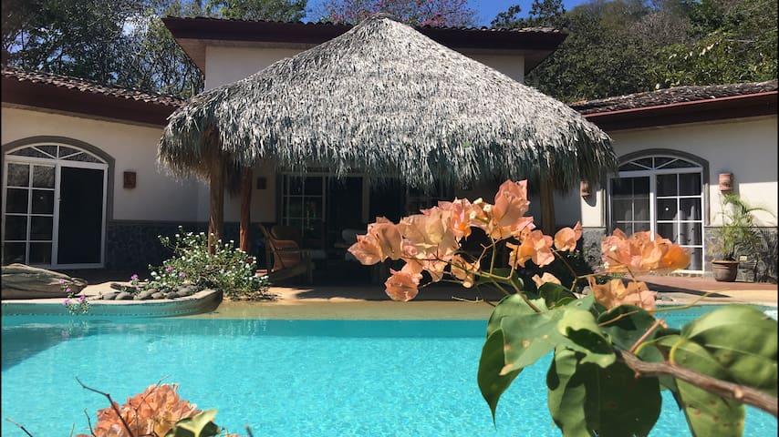 Casa Mariposas: le charme  proche de Tamarindo - Tamarindo - Ev