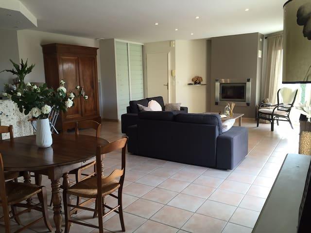 Villa avec 3 chambres confortables - Auterive - Talo