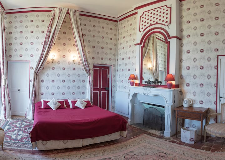 Charming Room at the Château