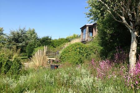 70's designed openplan with stunning coastal views - Gorey - House