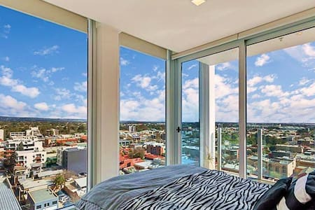 LUXE APARTMENT @ CENTRAL MARKET - Adelaide - Apartment