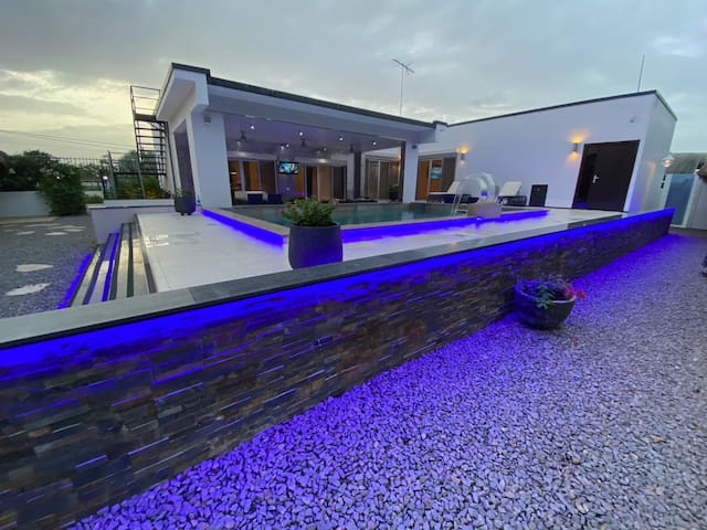 Liberdada - Villa Suriname