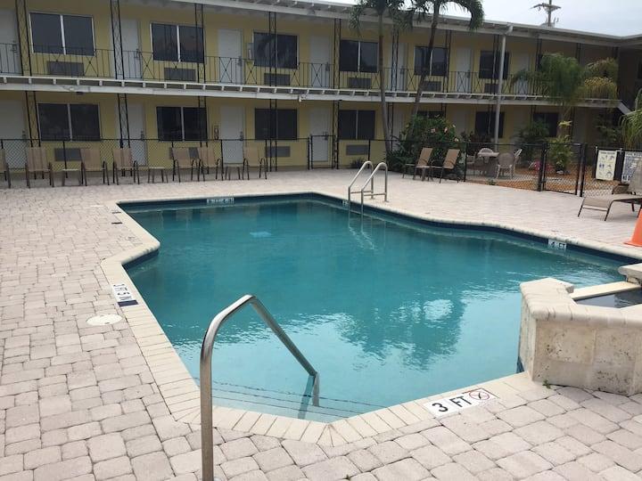 King Suite - Key Largo Inn