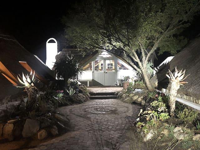 Courtyard - Night
