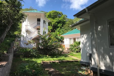 Oceanview Apartment | Praslin - Anse La Blague